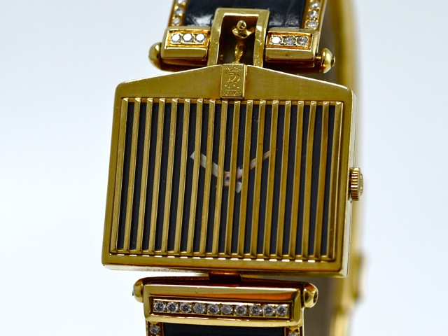corum rolls royce 18k yellow gold with 18k yellow gold clasp. Black Bedroom Furniture Sets. Home Design Ideas