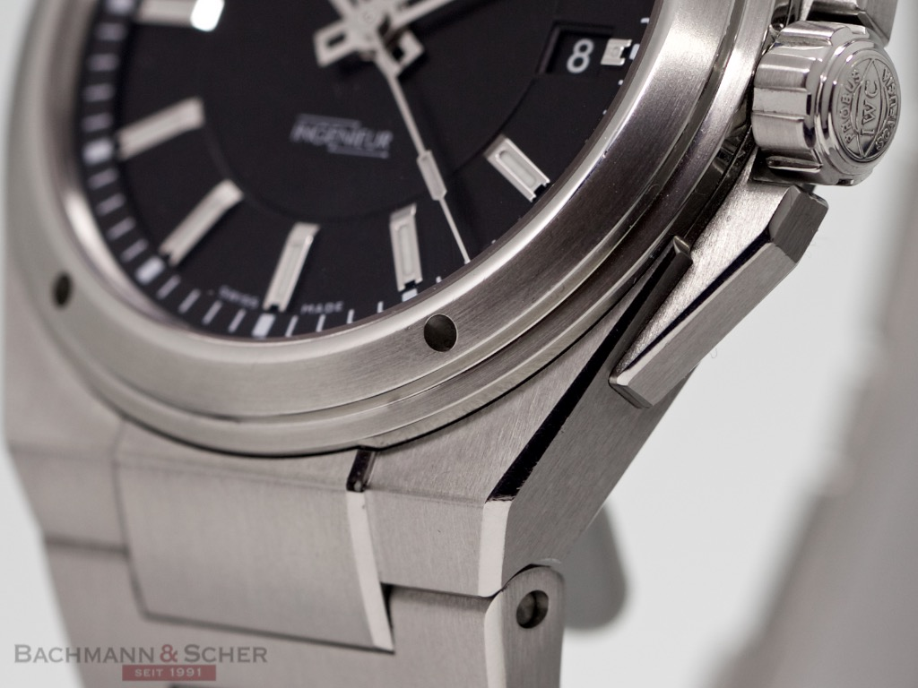 huge discount 29898 c8915 IWC Ingenieur Ref-IW323902 Stainless Steel Box Papers Bj-2014